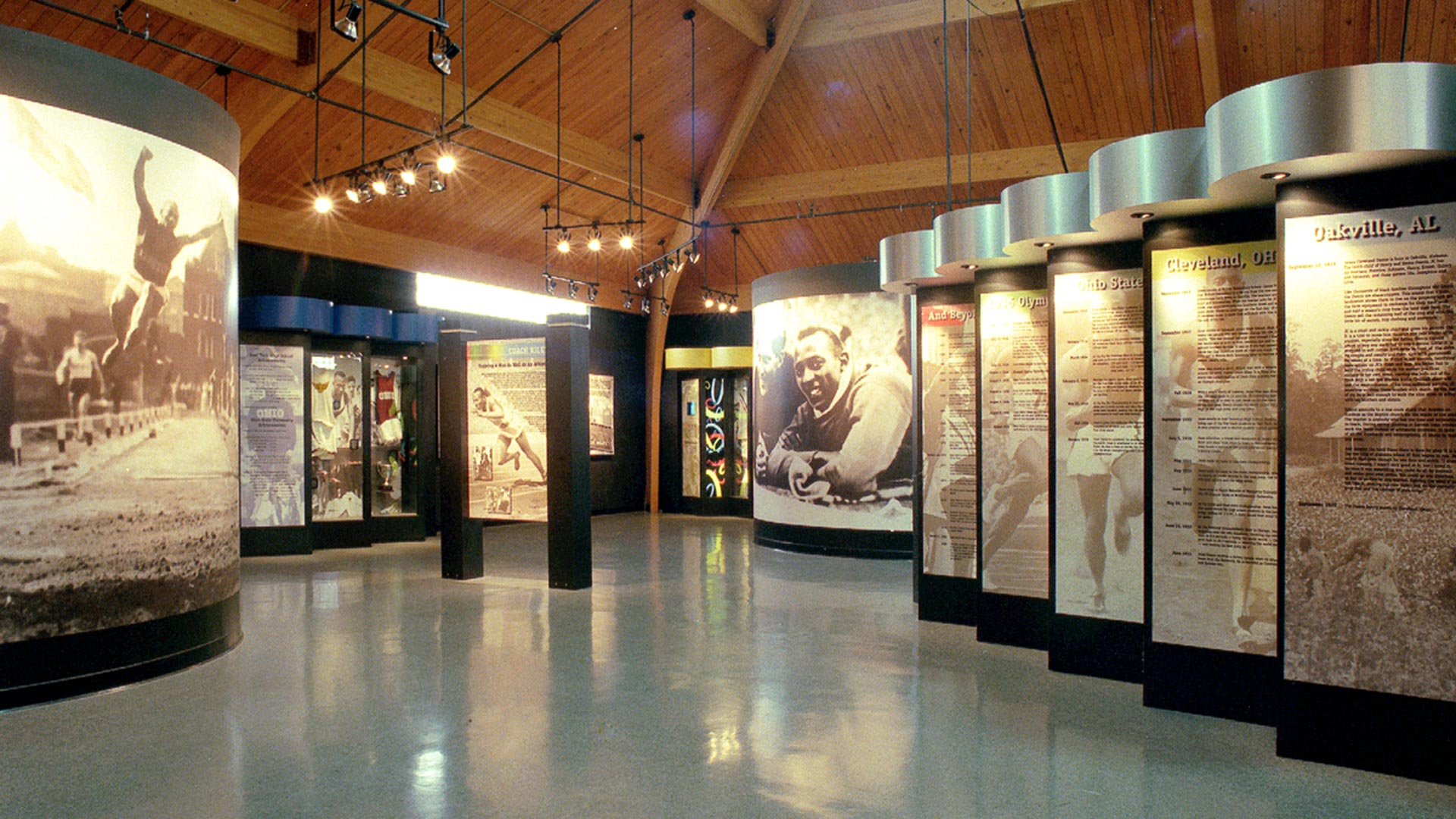 Custom Museum Exhibits and Visitor Centers